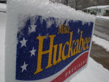 snow-huckabee.jpg