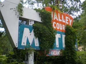 Tryon Motel Sign